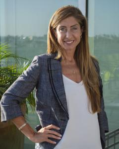 SFM Account Executive Lori Moore portrait